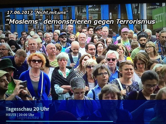 Moslems demonstrieren